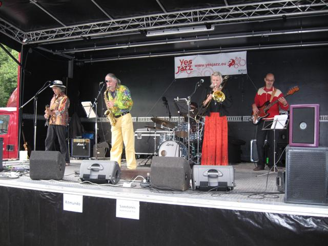 JazzFunFashion 2010-26