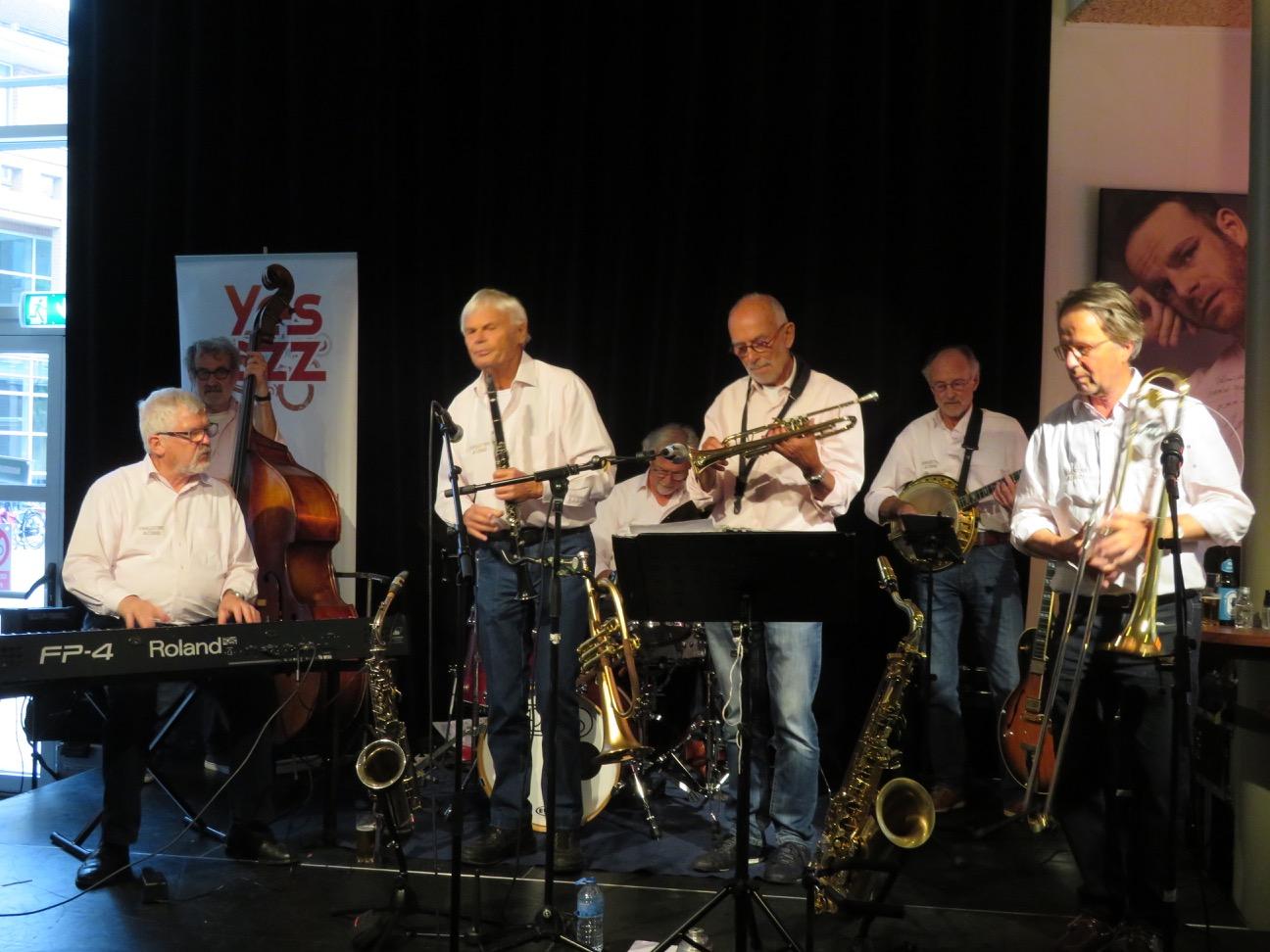 Charlestown Jazzband -9resized