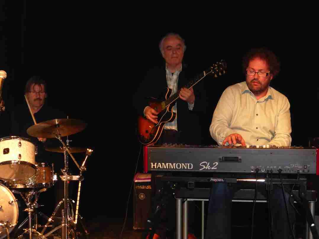 Dirk van der Linden Trio 6