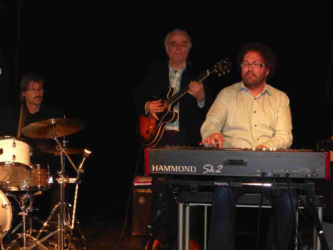 Dirk van der Linden Trio 26 april 2015-10