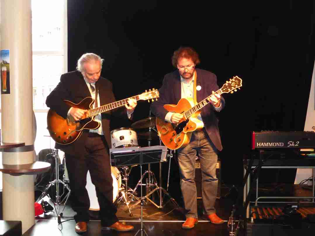 Dirk van der Linden Trio 26 april 2015-11