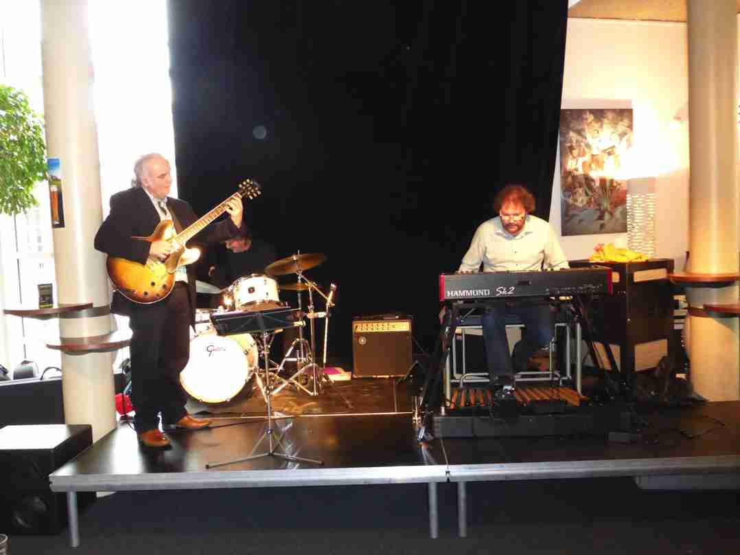Dirk van der Linden Trio 26 april 2015-12