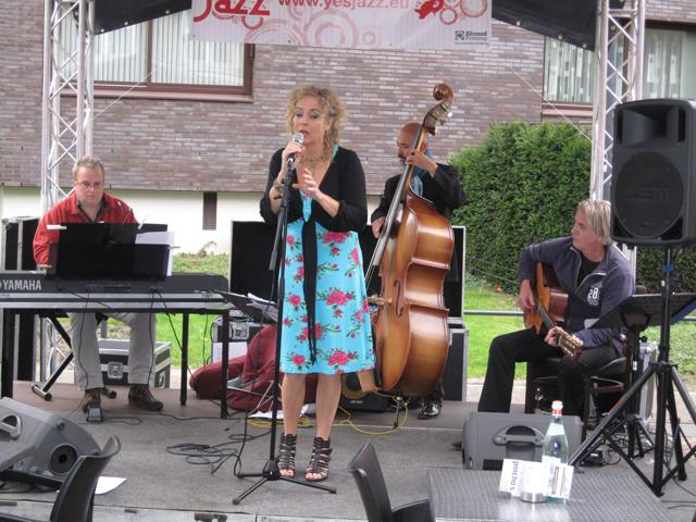 JazzFunFashion 2010-17
