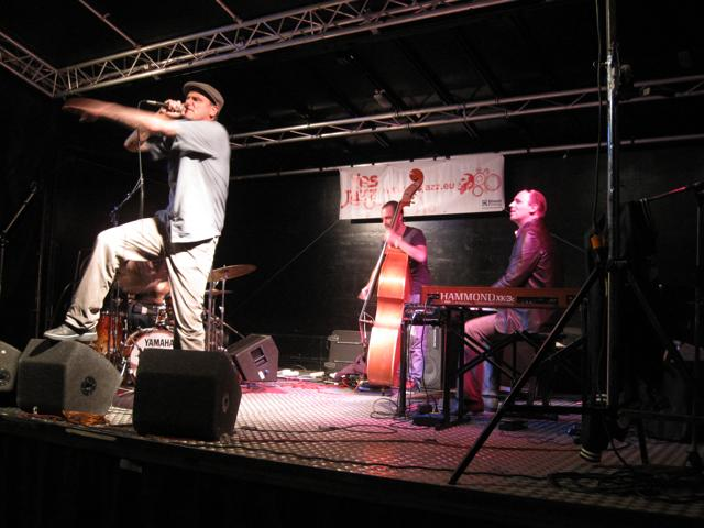 JazzFunFashion 2010-41