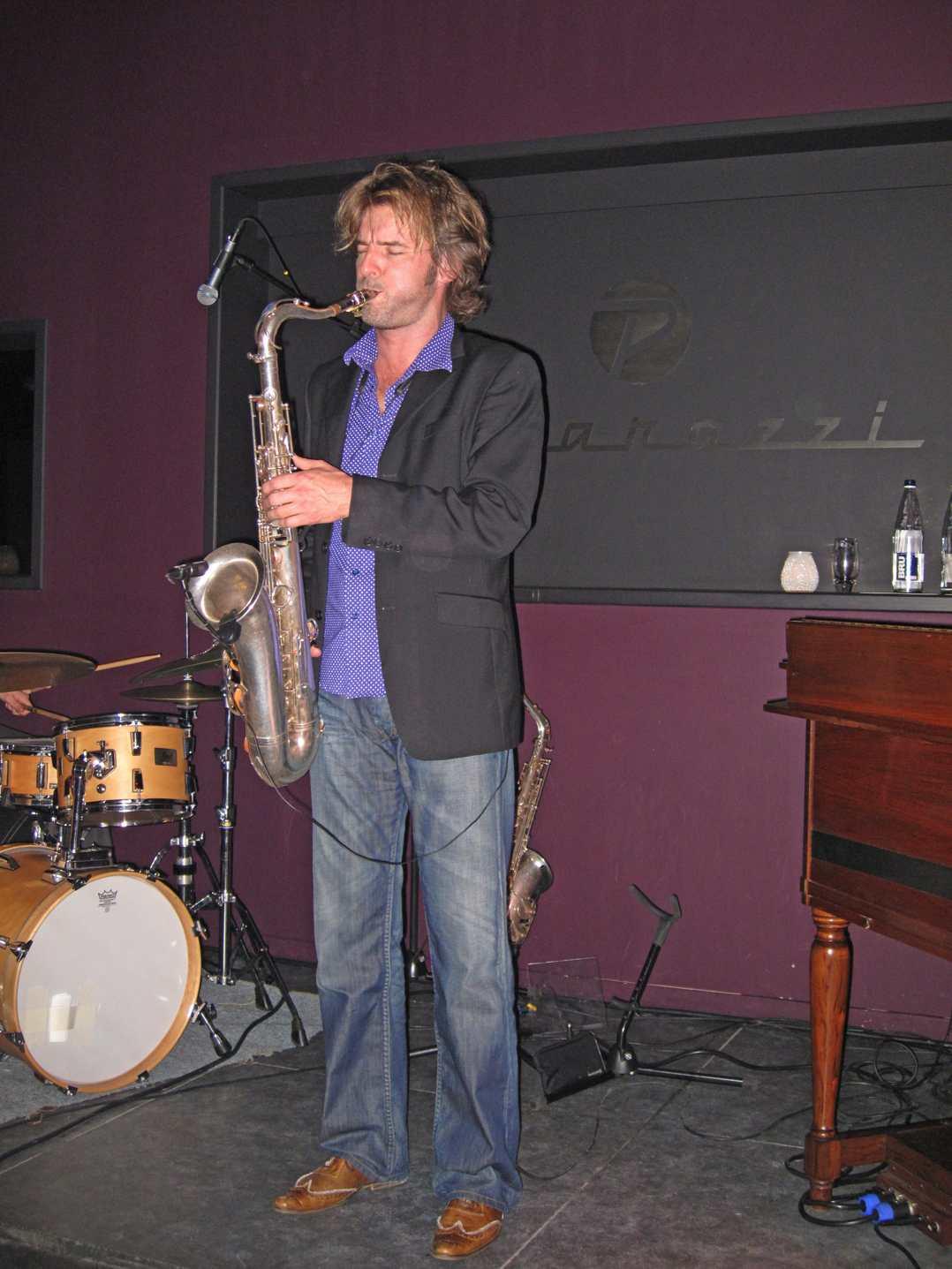 Saxotone_2008-12