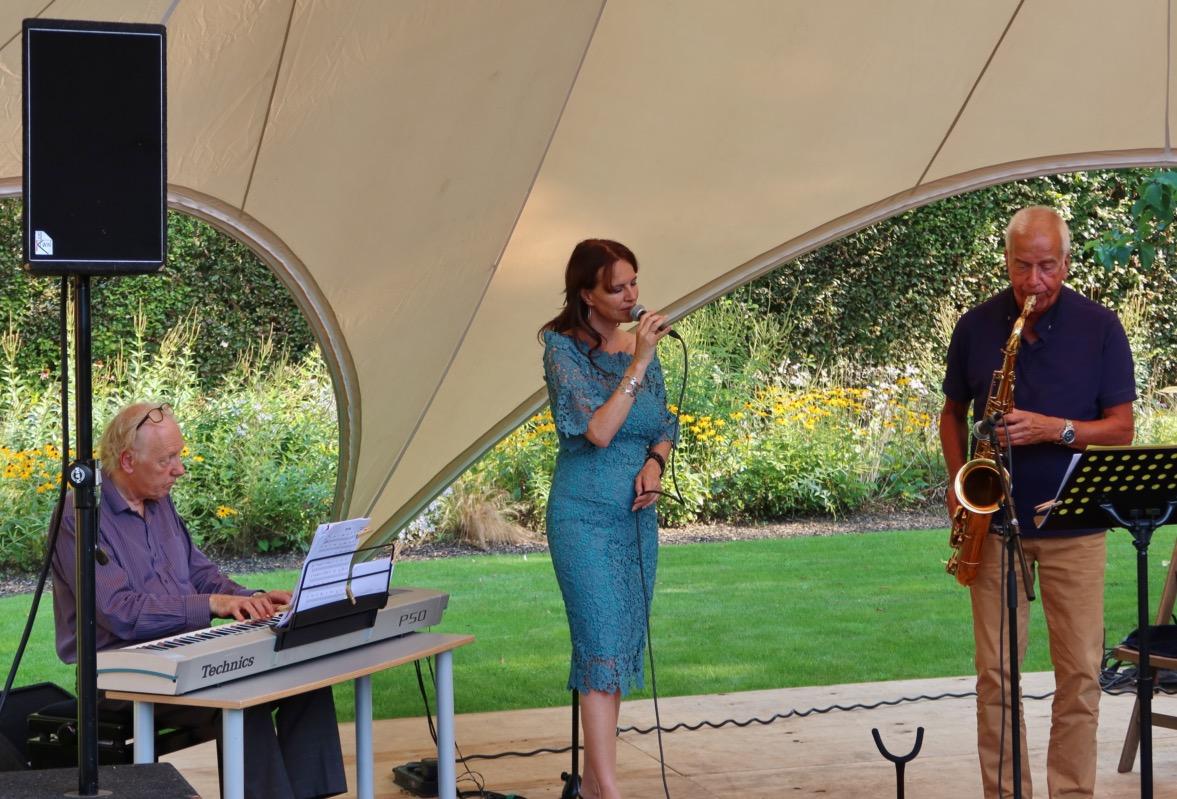 Trio Jos Beeren @ Yes Jazz, Parktuin Theehuis Mevrouw Van Best, Valkenswaard 2021-09-05